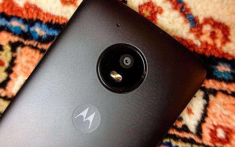 Moto E4 фото