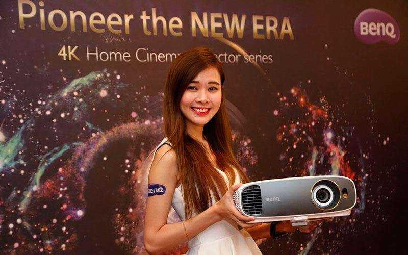 Домашний проектор BenQ W1700 с HDR и 4K UHD поступил в продажу в России