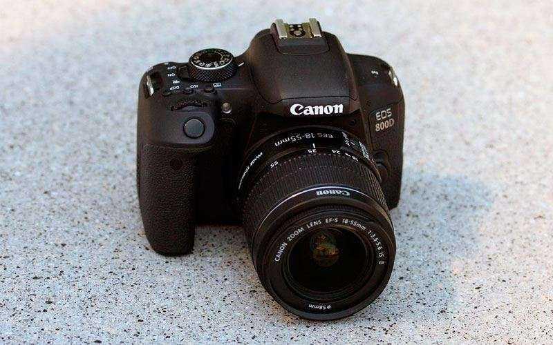 Особенности Canon EOS 800D