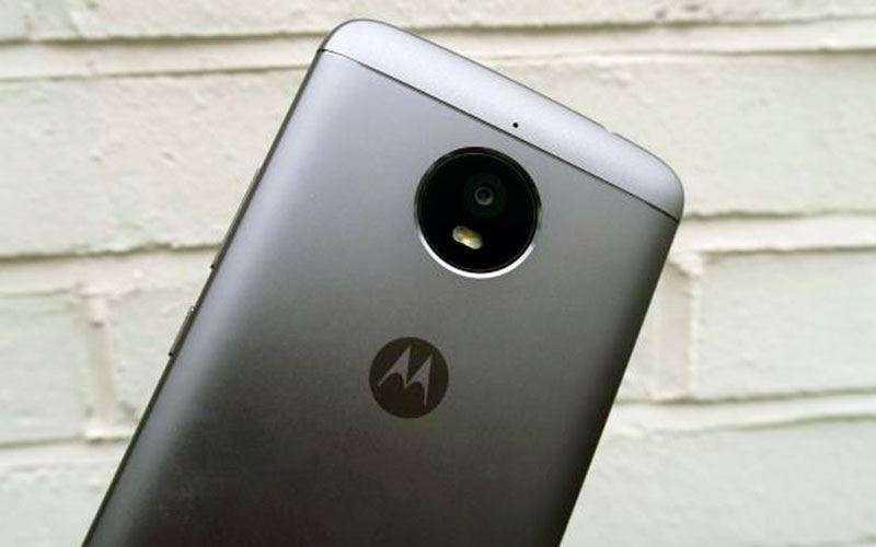 камера Moto E4 Plus