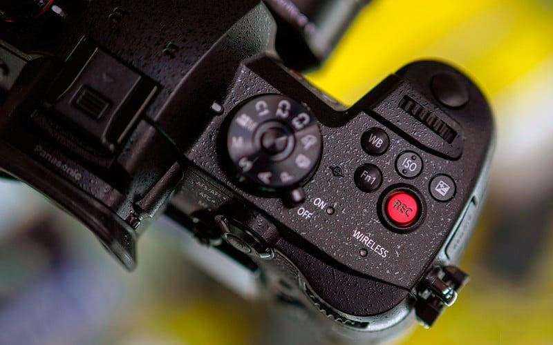 Камера Panasonic Lumix GH5S