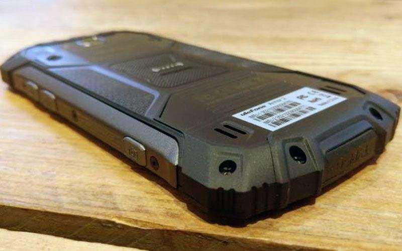 Защищённый телефон Ulefone Armor 2