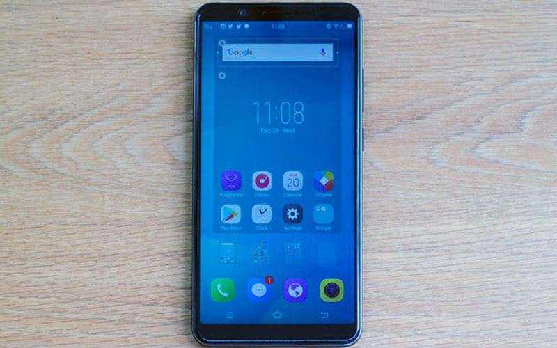 Обзор Vivo V7 Plus — Большой смартфон с узкими рамками для эгоистов