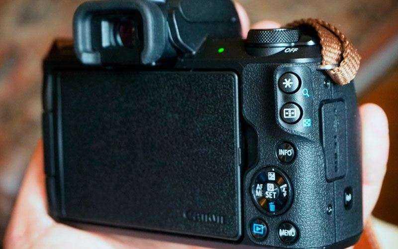Управление Canon EOS M50