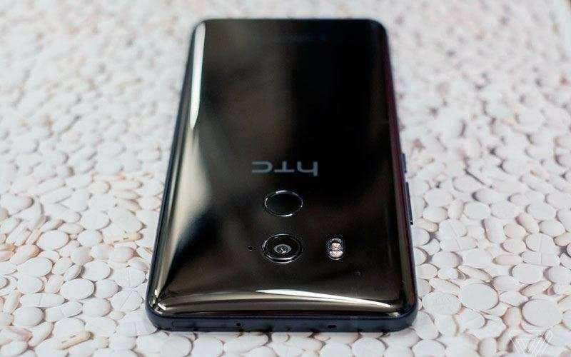 Отличия HTC U11 Plus