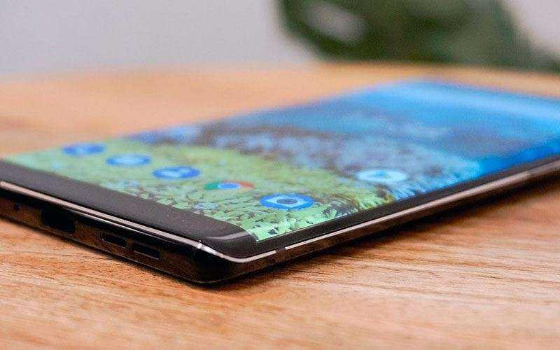 Дизайн Nokia 8 Sirocco