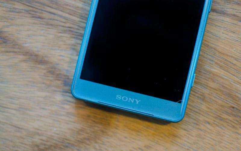 Sony Xperia XZ2 и XZ2 Compact обзор