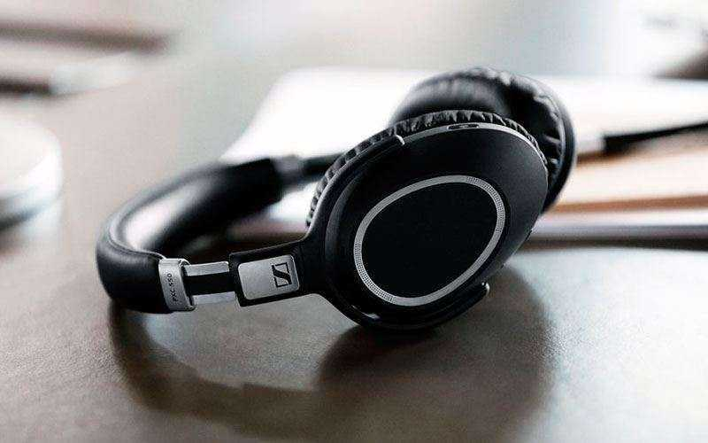 Дизайн Sennheiser PXC 550