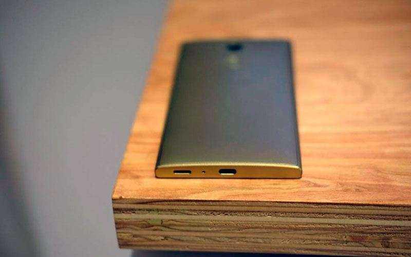 Батарея Sony Xperia L2