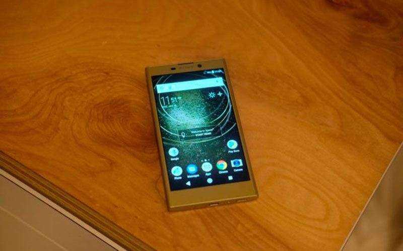 Дисплей Sony Xperia L2