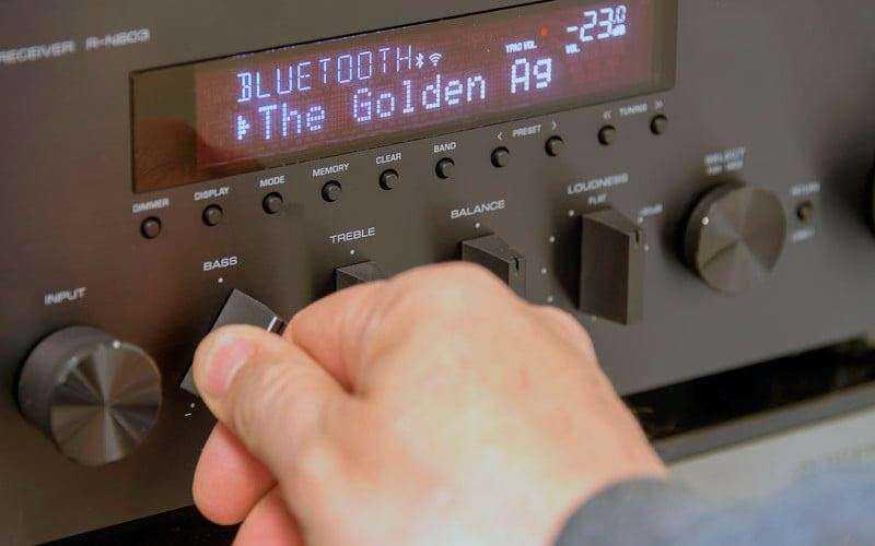Yamaha R-N803 особенности