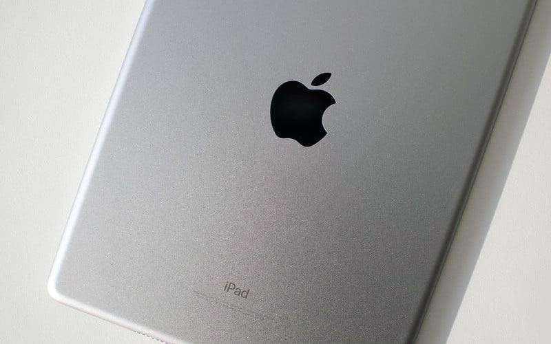 Тест Apple iPad (2018)