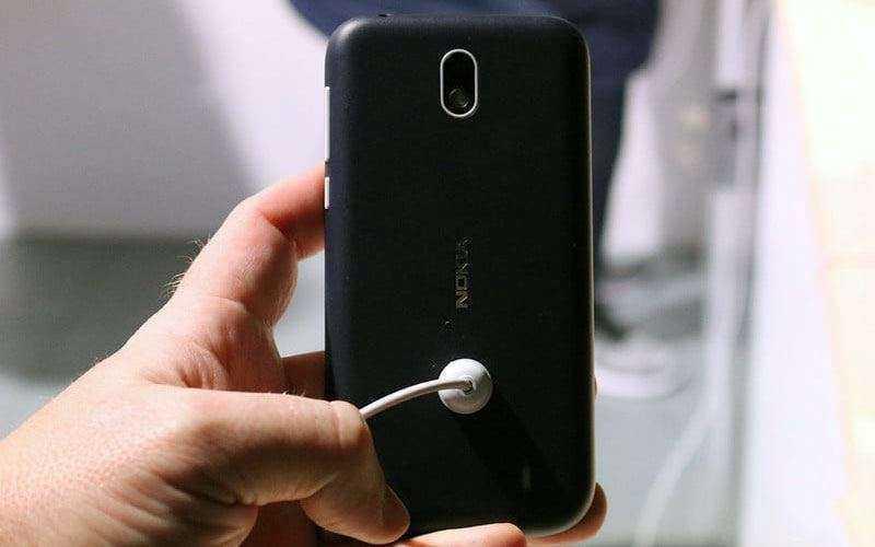 Первый обзор Nokia 1: бюджетного телефона, который вы ждали