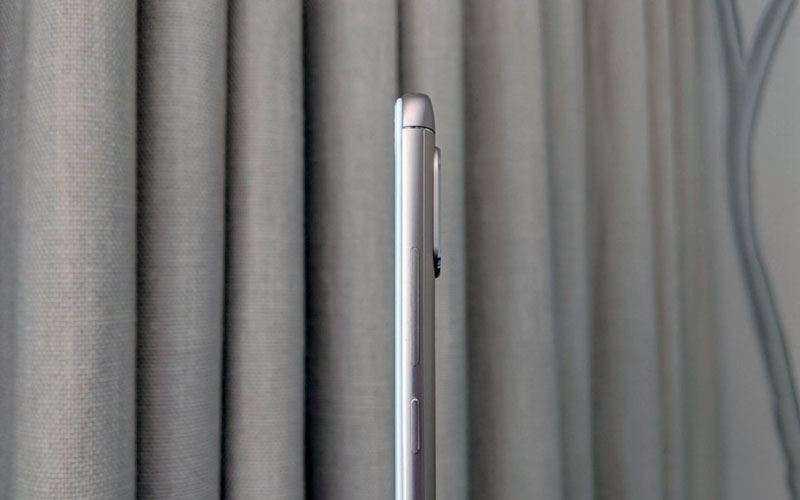 Xiaomi Redmi Note 5 Pro сбоку