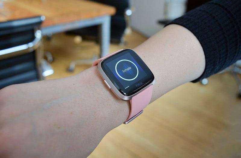 Fitbit Versa — Обзор смарт-часов и фитнес-трекера в одном