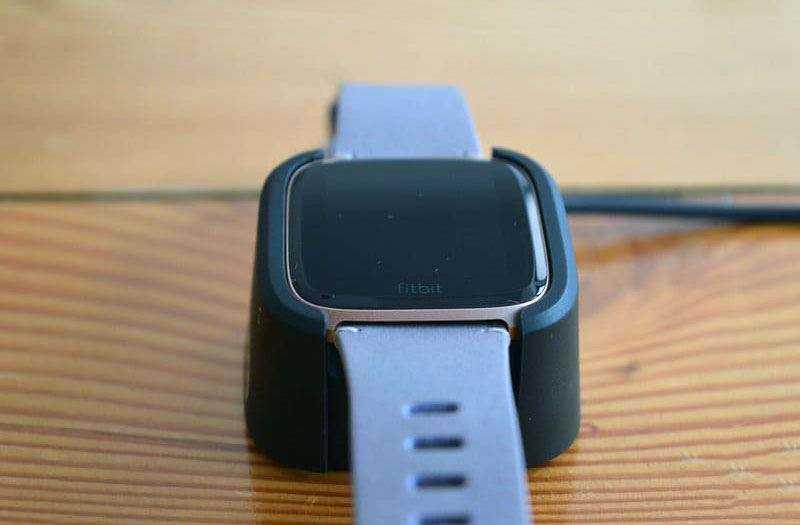 Fitbit Versa отзывы