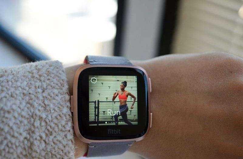 Отслеживаие Fitbit Versa
