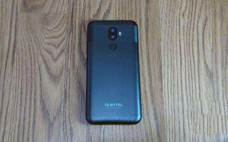 Смартфон OUKITEL U18 — Обзор недорогого безрамочногь телефон начального уровня
