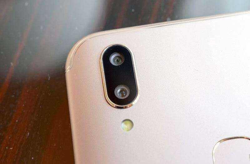 Камера Vivo V9
