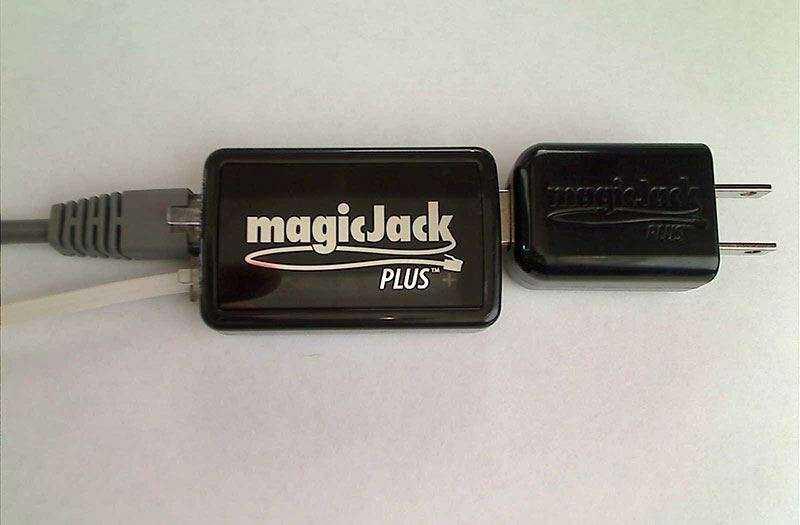 Хотите звонить на домашний телефон по интернету? MagicJack поможет