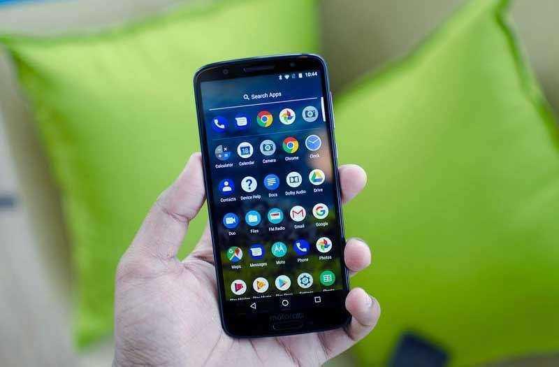 Обзор Motorola Moto G6, телефон с хорошим экраном и ценой
