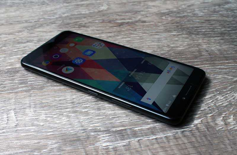 Телефон Alcatel 3V