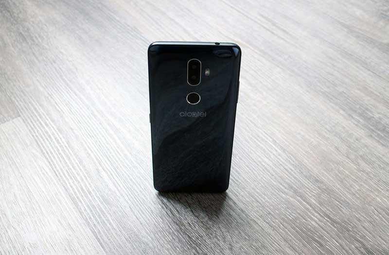 Смартфон Alcatel 3V