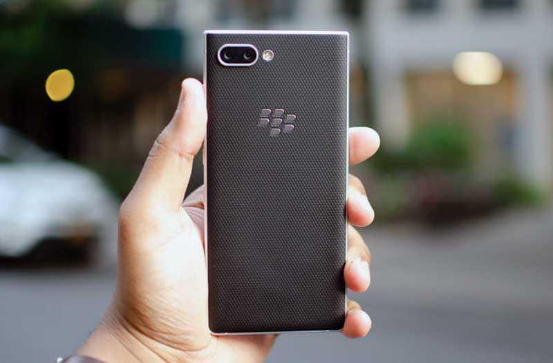 Обзор BlackBerry Key2