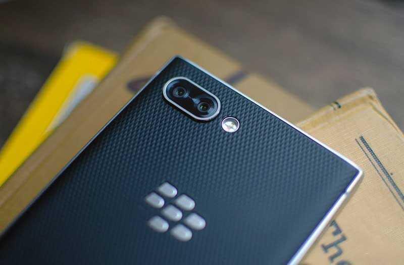 Основная камера BlackBerry Key2