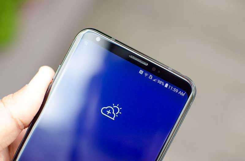 LG V35 ThinQ экран