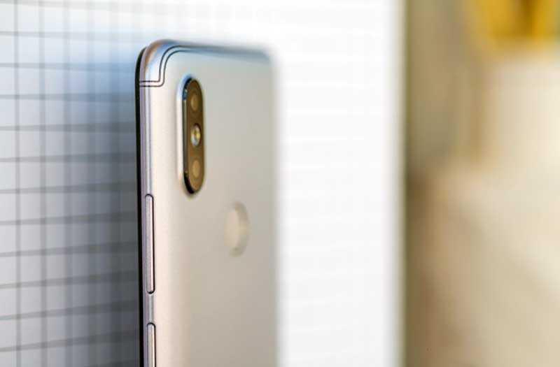 Xiaomi Redmi S2 сбоку
