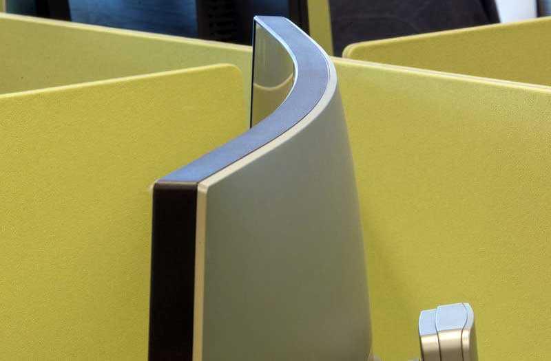 Дизайн BenQ EX3501R