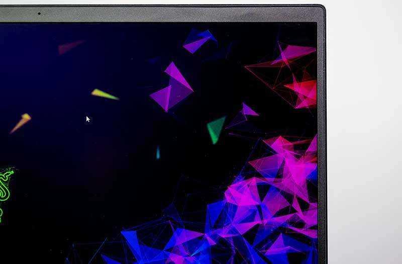 Экран Razer Blade 15