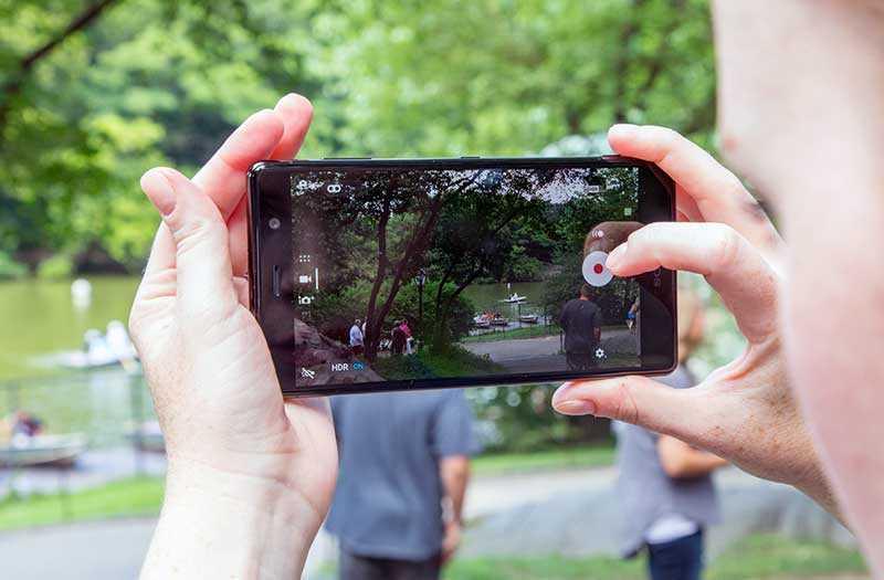 Съёмка видео Sony Xperia XZ2 Premium