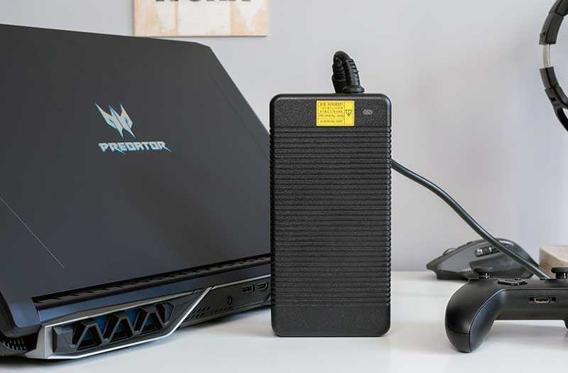 Acer Predator Helios 500 блок питания
