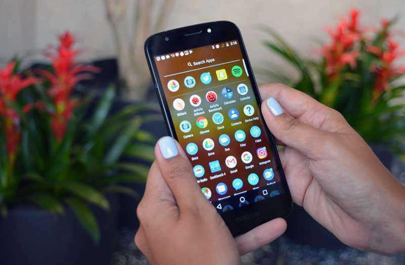 Интерфейс Moto E5 Play
