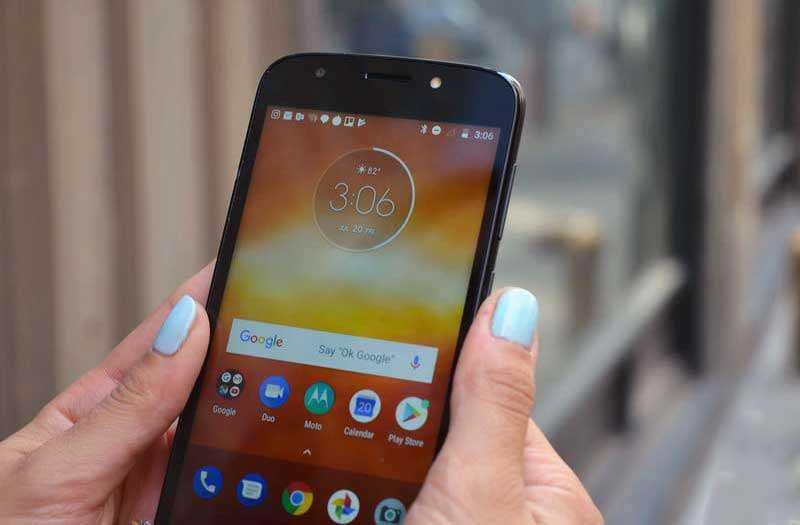 Экран Moto E5 Play