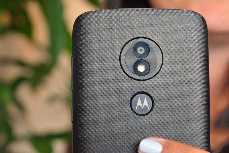 Камера Moto E5 Play
