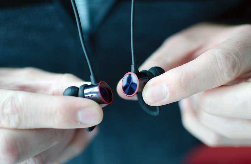 Обзор OnePlus Bullets Wireless: удобные hi-fi наушники