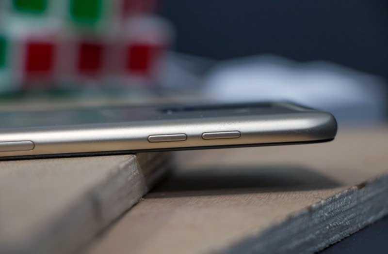Сравнение Samsung Galaxy A6 Plus