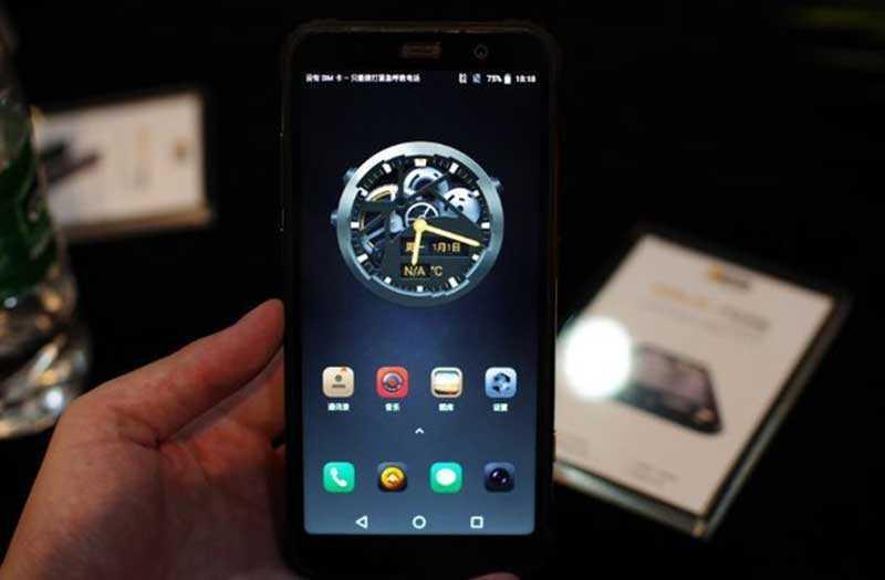 Экран AGM X3