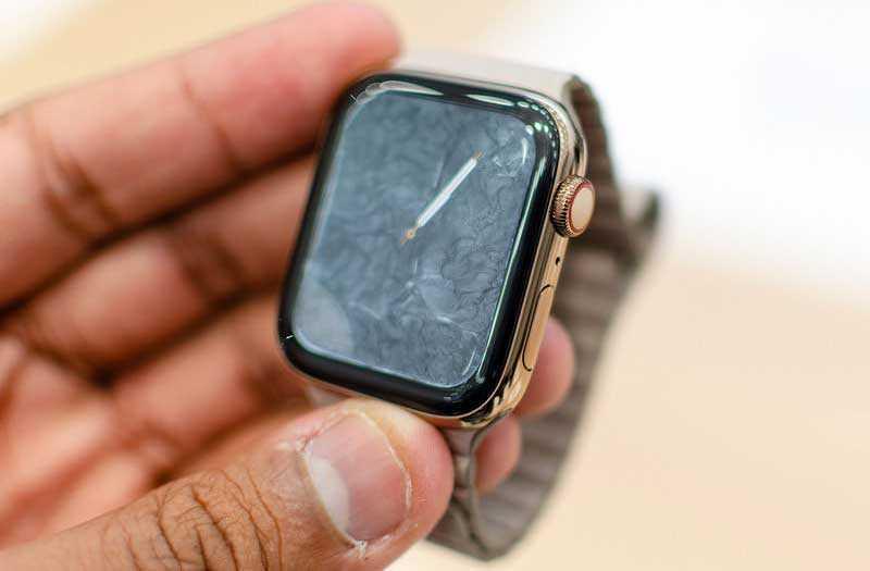 Часы Apple Watch Series 4