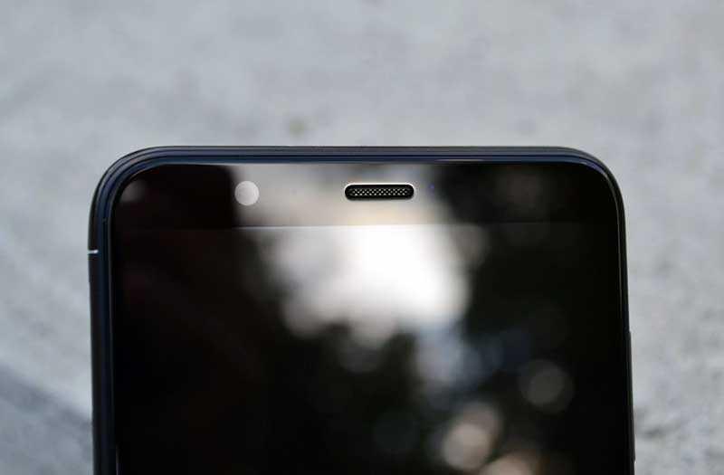 Huawei P Smart сверху