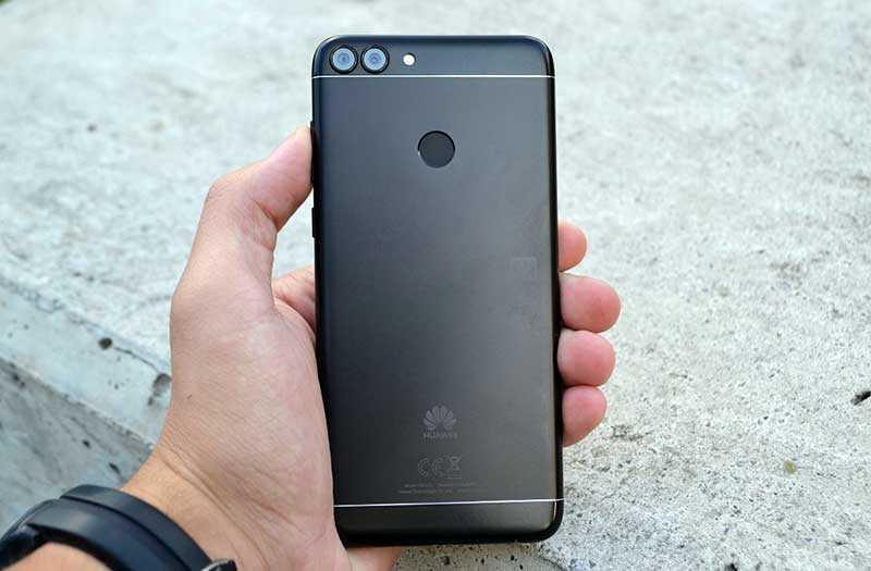 Huawei P Smart конструкция