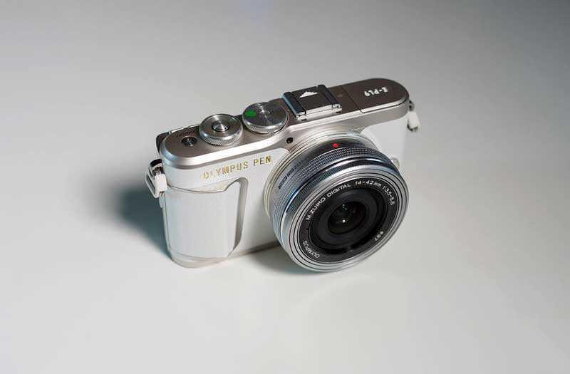 Компакт камера Olympus PEN E-PL9