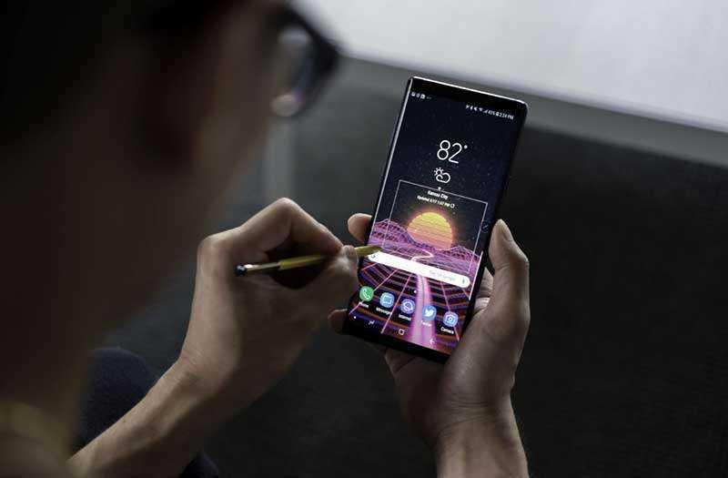 Передняя камера Samsung Galaxy Note 9