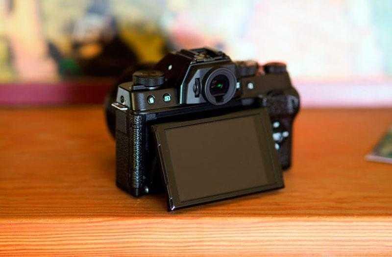 Экран Fujifilm X-T100