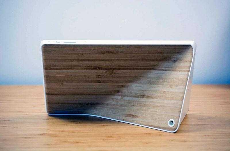 Lenovo Smart Display сзади