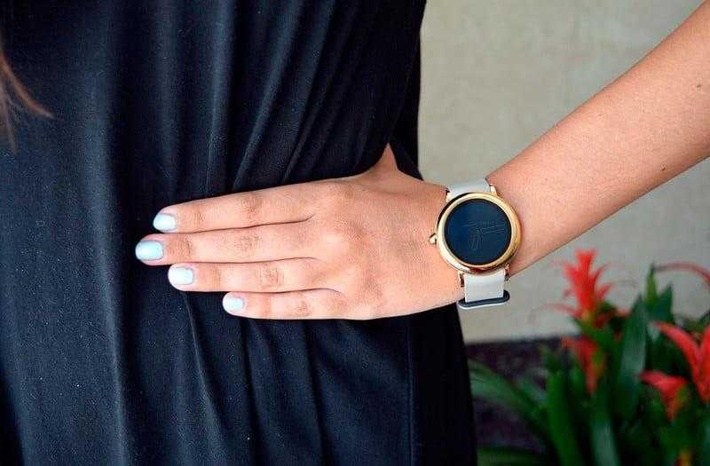 Часы Marc Jacobs Riley