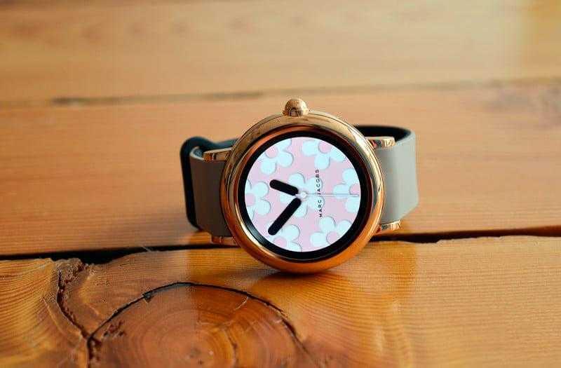 Обзор Marc Jacobs Riley: модные смарт-часы — Отзывы TehnObzor